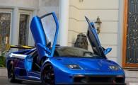 Bộ sưu tập đỉnh có một serie Ferrari cùng một loạt Lamborghini, trong đó có mẫu hiếm Murcielago LP640 Roadster...