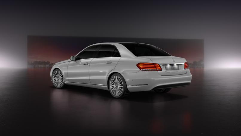Tuần lễ vàng cho dòng xe Mercedes C-class và E-class