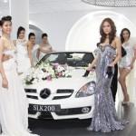 Thái Hà, Phương Mai khoe dáng bên xe Mercedes